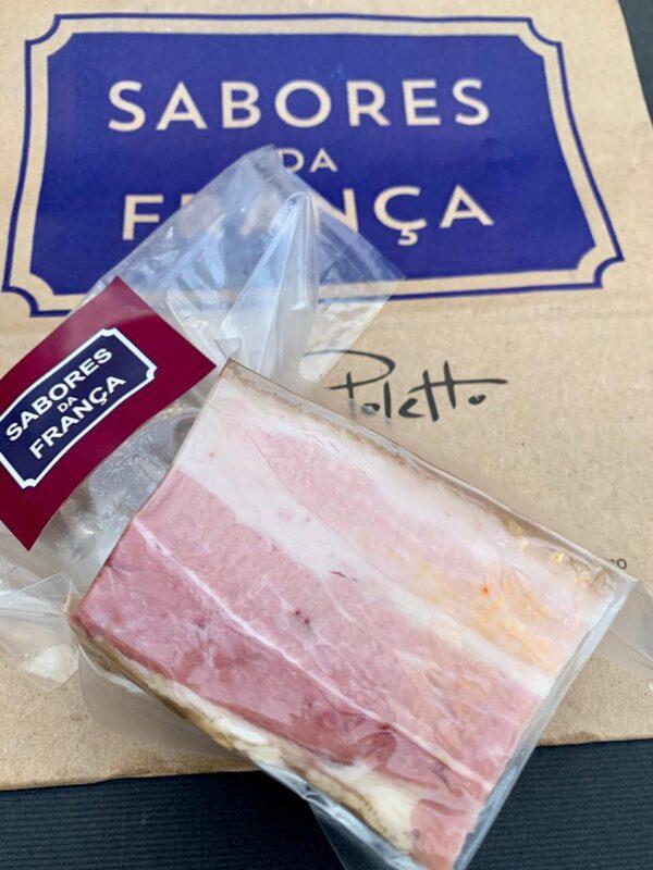 Bacon caseiro inteiro